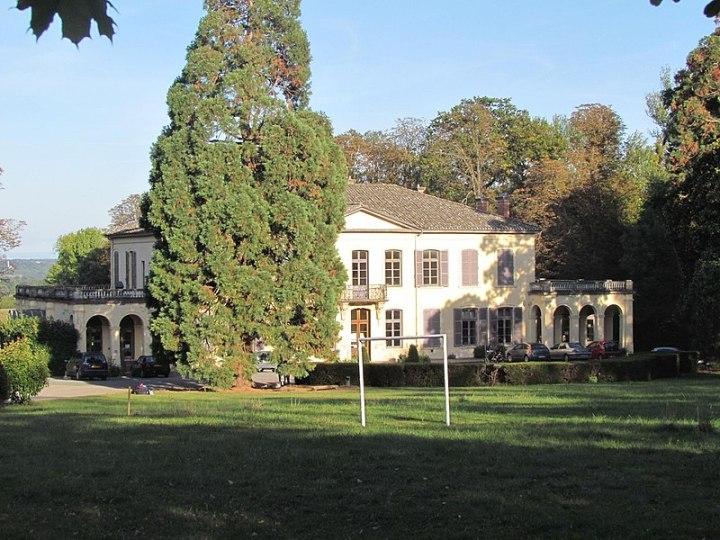 800px-Château_de_Sermezy